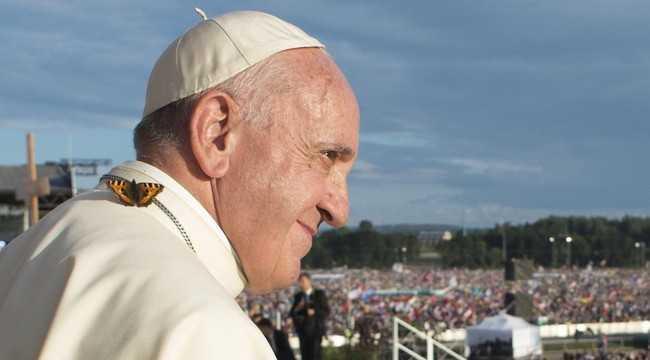 Папа до молоді: щоб Євангеліє було вашим «навігатором»