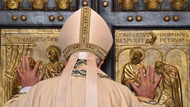 Закрито Святі Двері у папській базиліці